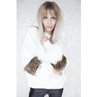 PEARLS AND FUR WHITE - SWEATER