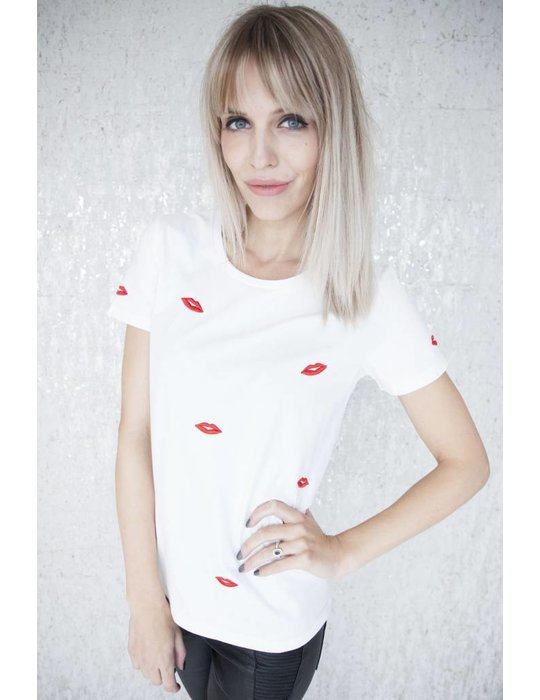 ellemilla KISS ME WHITE