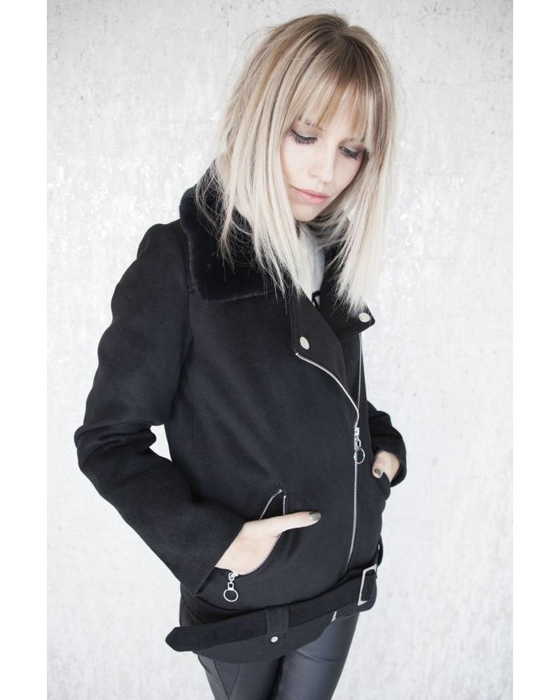 MARIANE BLACK - JAS
