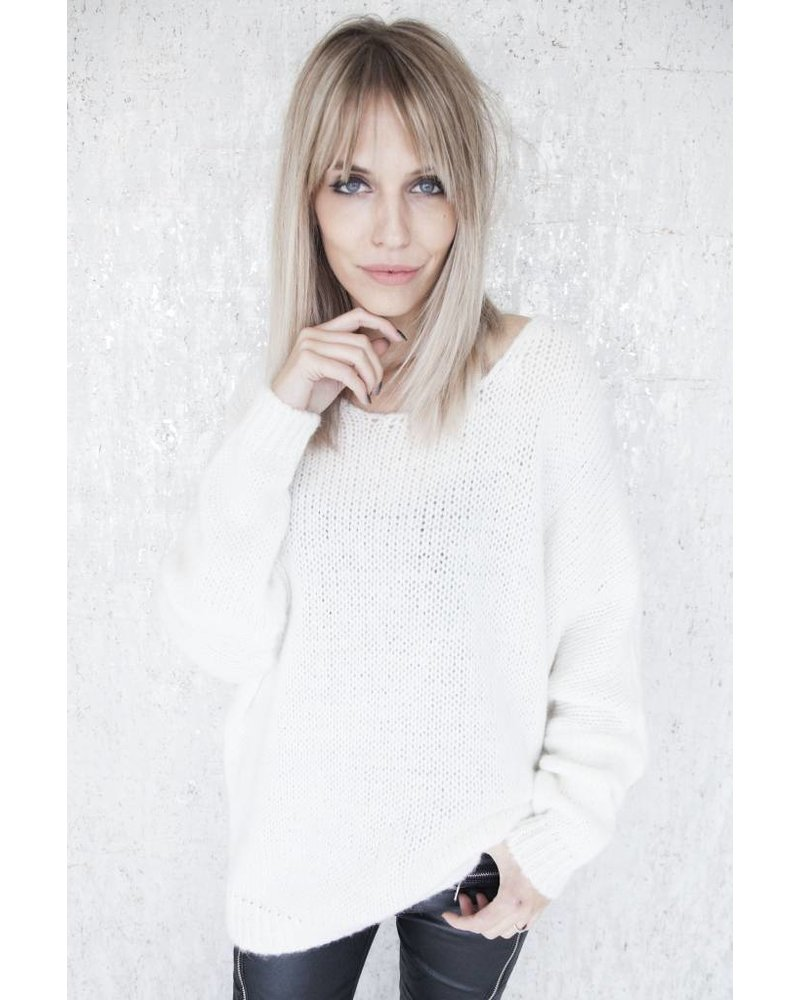 LUCA WHITE - TRUI