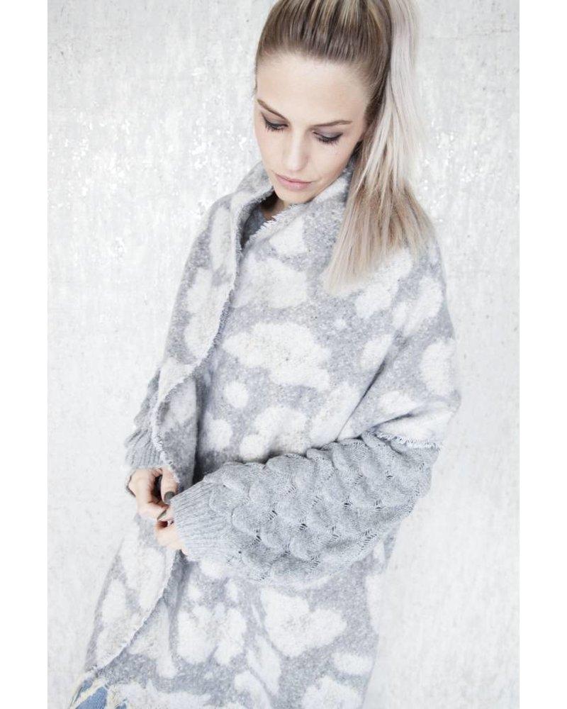 WARM ANIMAL GREY/WHITE - SJAAL