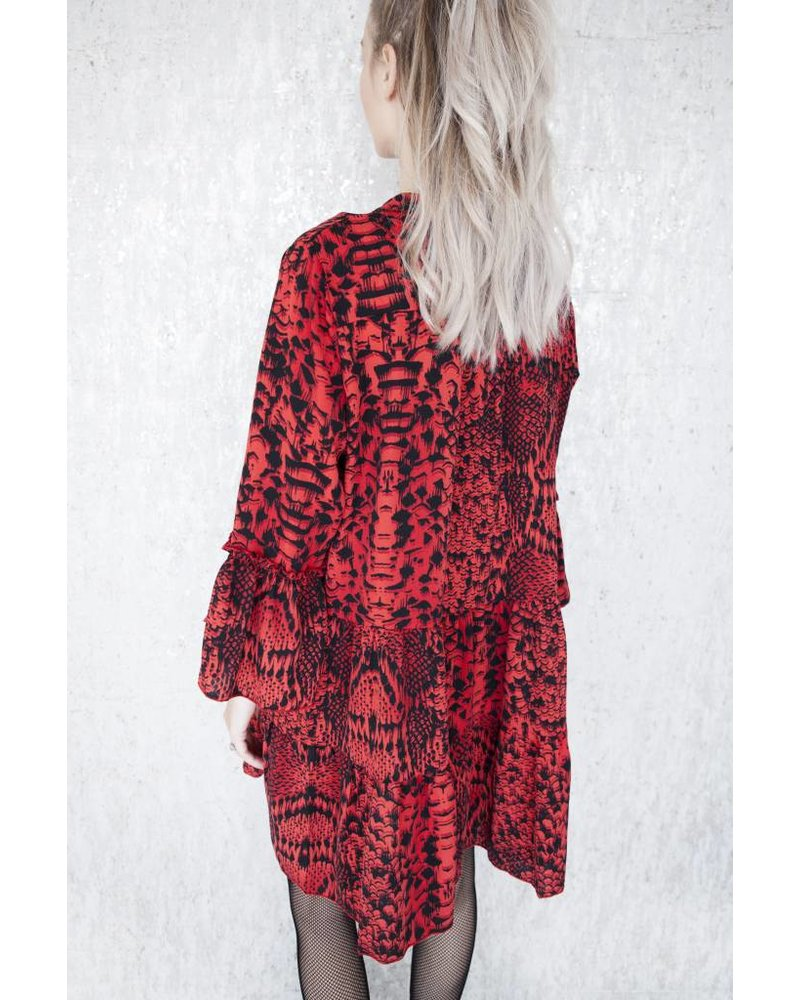 SNAKE IT RED - JURK