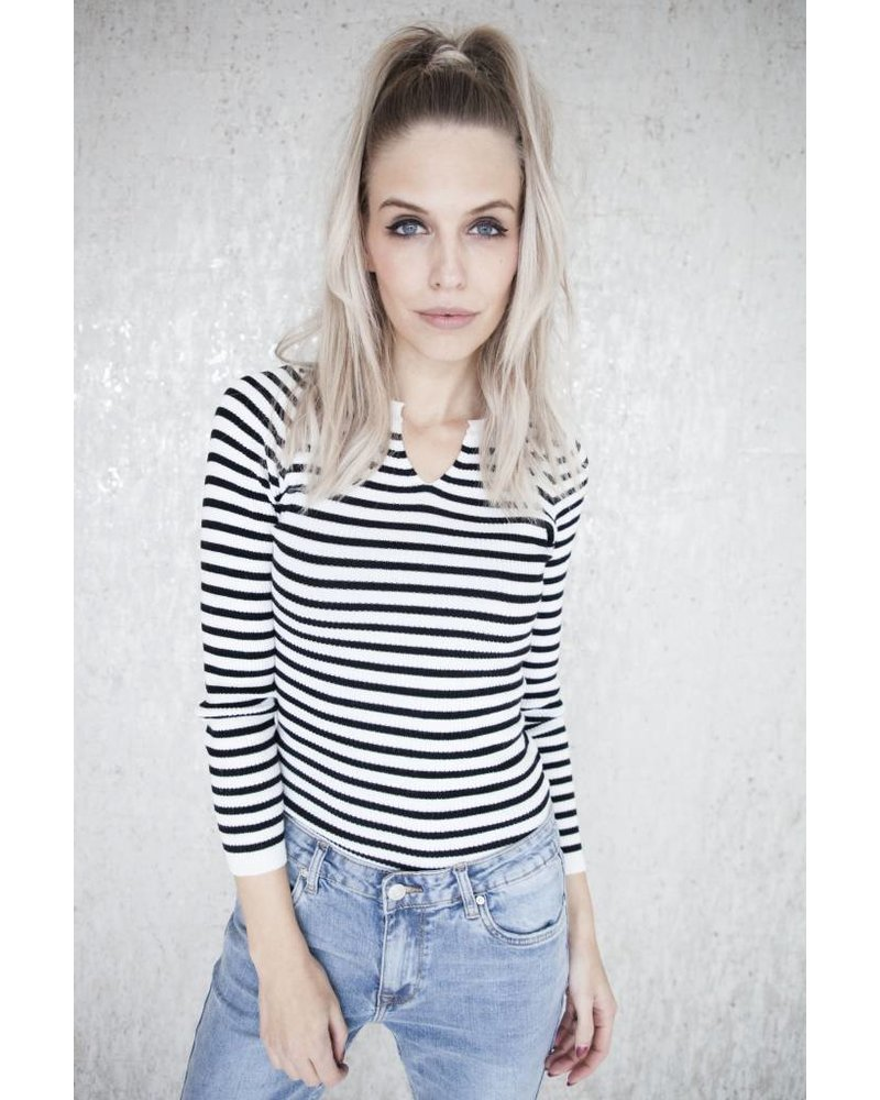 LIZA STRIPES WHITE - LONGSLEEVE