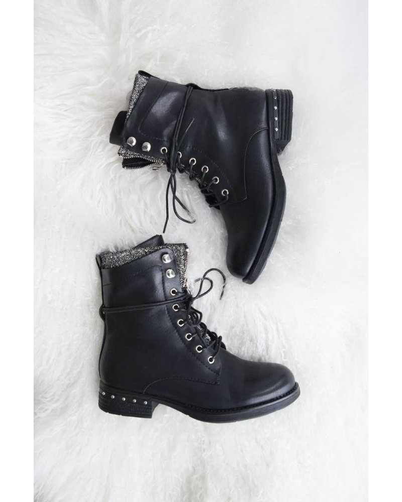 ZIPPED BLACK - BOOTS