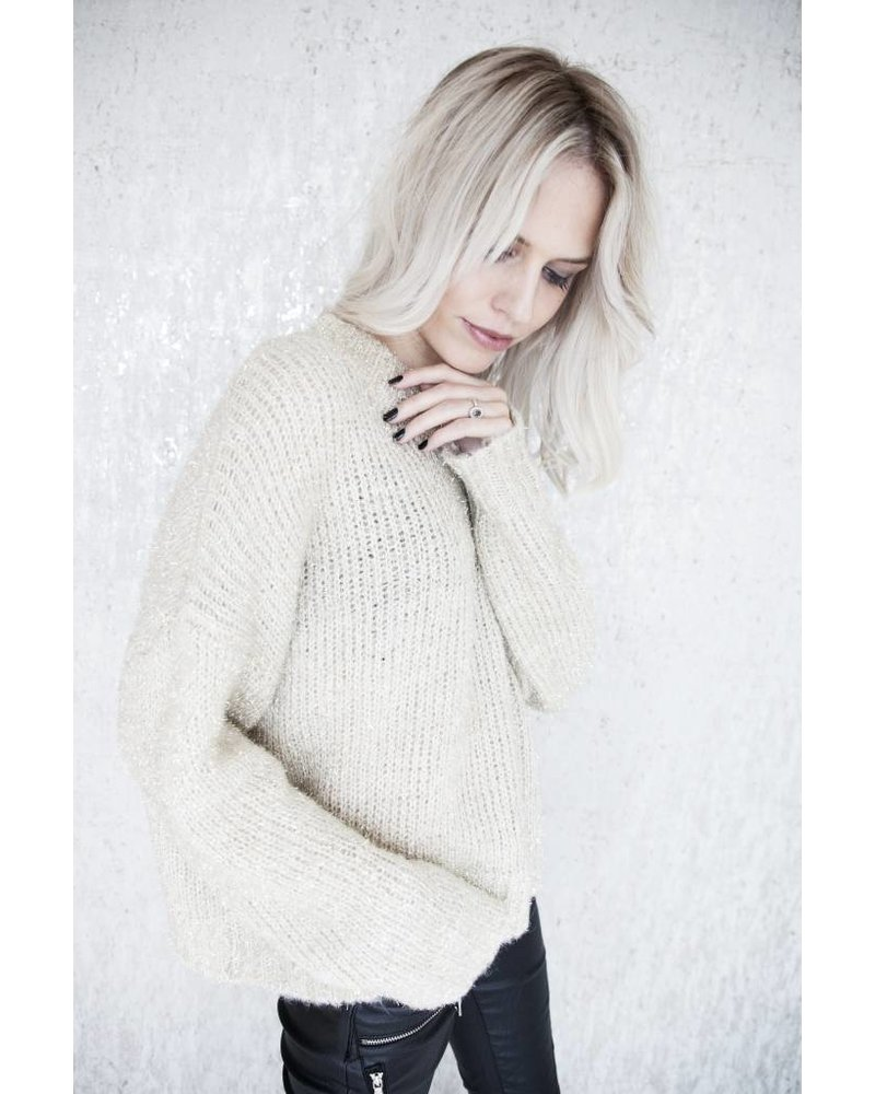 TOUCH OF GOLD - SWEATER