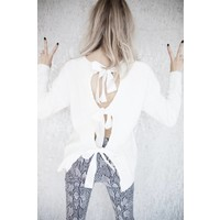 BOW IN THE BACK WHITE - SWEATER