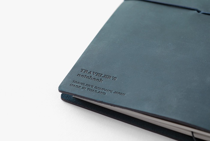 Traveler's TRAVELER'S notebook, passport size, blue