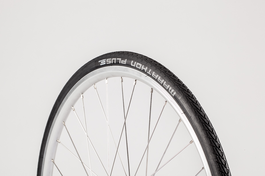 Schwalbe - Tyre, 26x1.0, Marathon Plus EVO, Black (Bisou narrow tyre)
