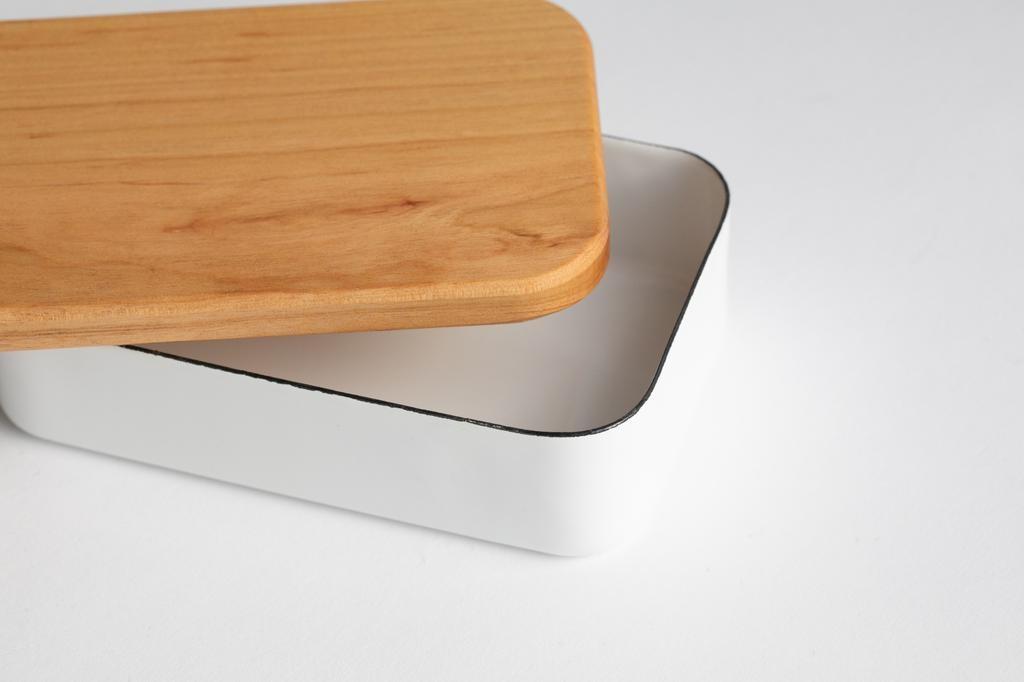 Noda Horo - Enamel butter case with cherry wood rid 200g
