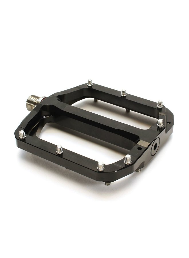 Burgtec Penthouse MK4 Flat Pedals Steel Axle - Black
