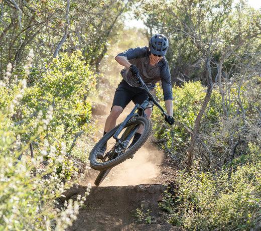 Mountain Bikes - Full Suspension, Hardtail, 29er 27+ and Fat Bikes.