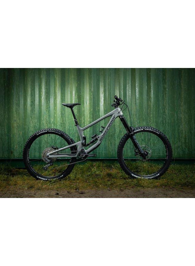 Nukeproof 2021 Giga 290 Comp Carbon Bike
