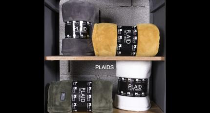 In The Mood Collection Fleece Plaids / Dekens