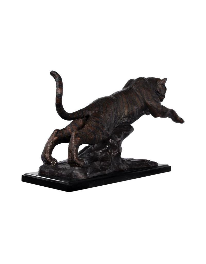 Ares – Bronzeskulptur eines Tigers auf Marmorsockel