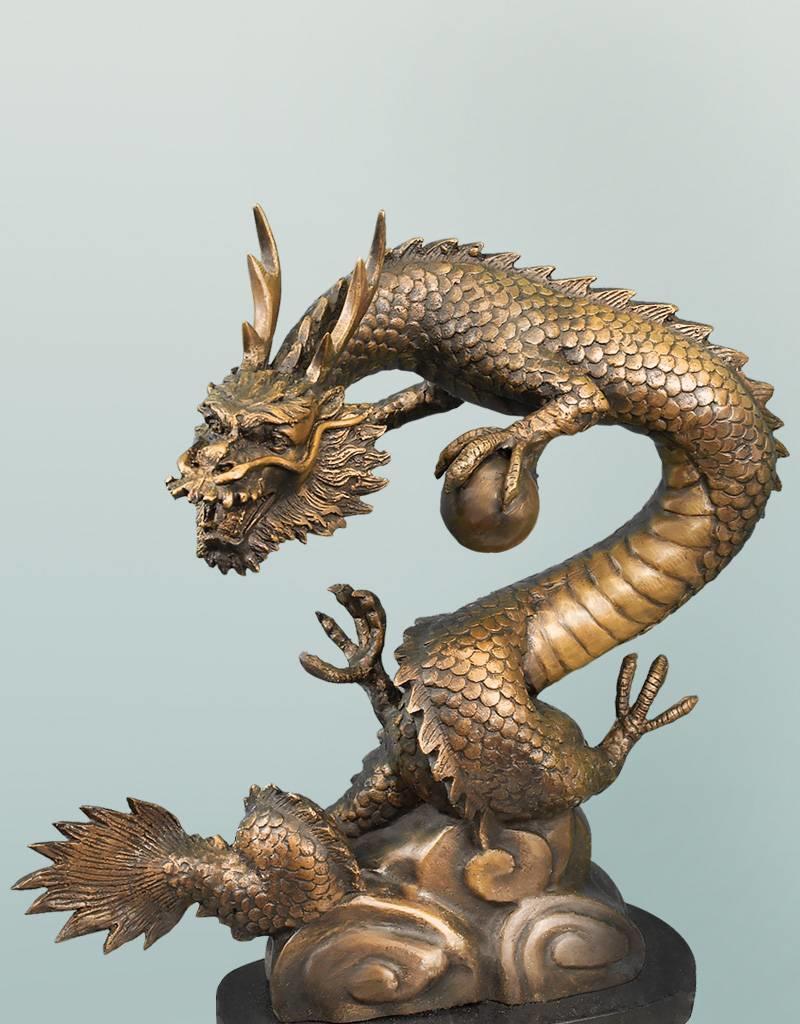 Lóng – Bronzeskulptur eines asiatischen Drachens