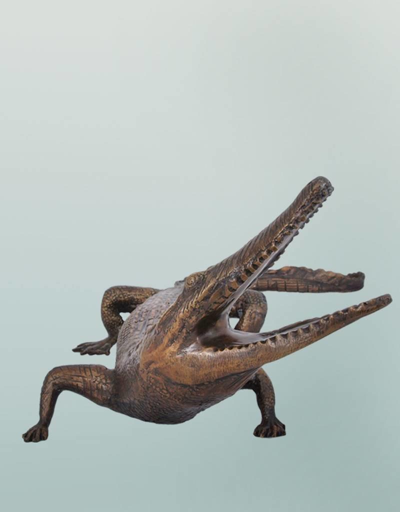 Timor – Bronzeskulptur eines Krokodils