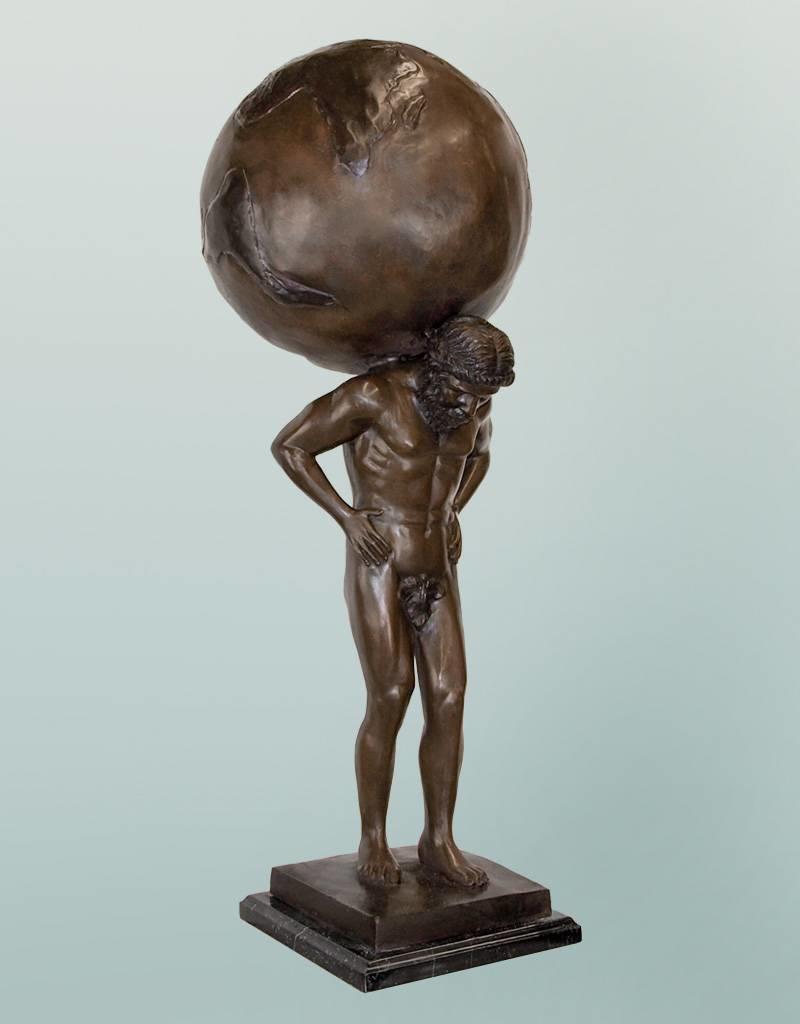 Atlas – Stehende Bronzeskulptur