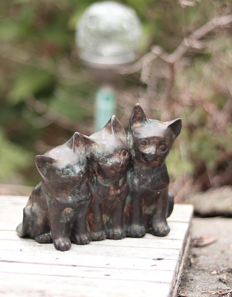 Trias – Drei Kätzchen Bronzestatue
