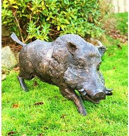 Sus – Bronzeskulptur eines Wildschweins