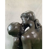 Der Kuss – Große Bronzefigur nach Rodin