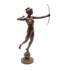 Diana – Bronzestatue Jagdgöttin