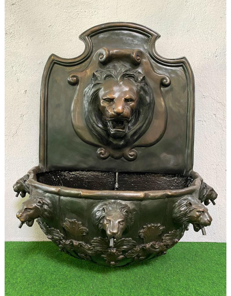 Brutus – Bronzebrunnen Löwenkopf