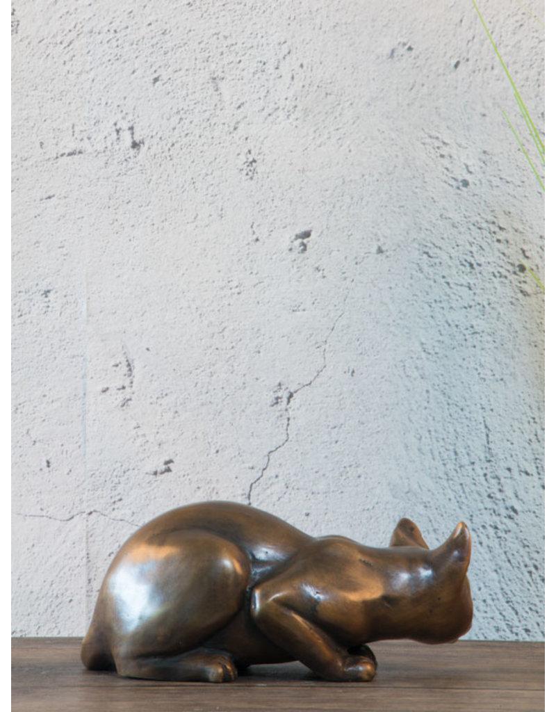 Maja – Liegende Katze Bronzefigur