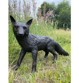 Inari – Lebensgroßer stehender Fuchs