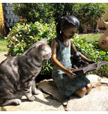 Matilda – Bronzefigur Mädchen mit Katze
