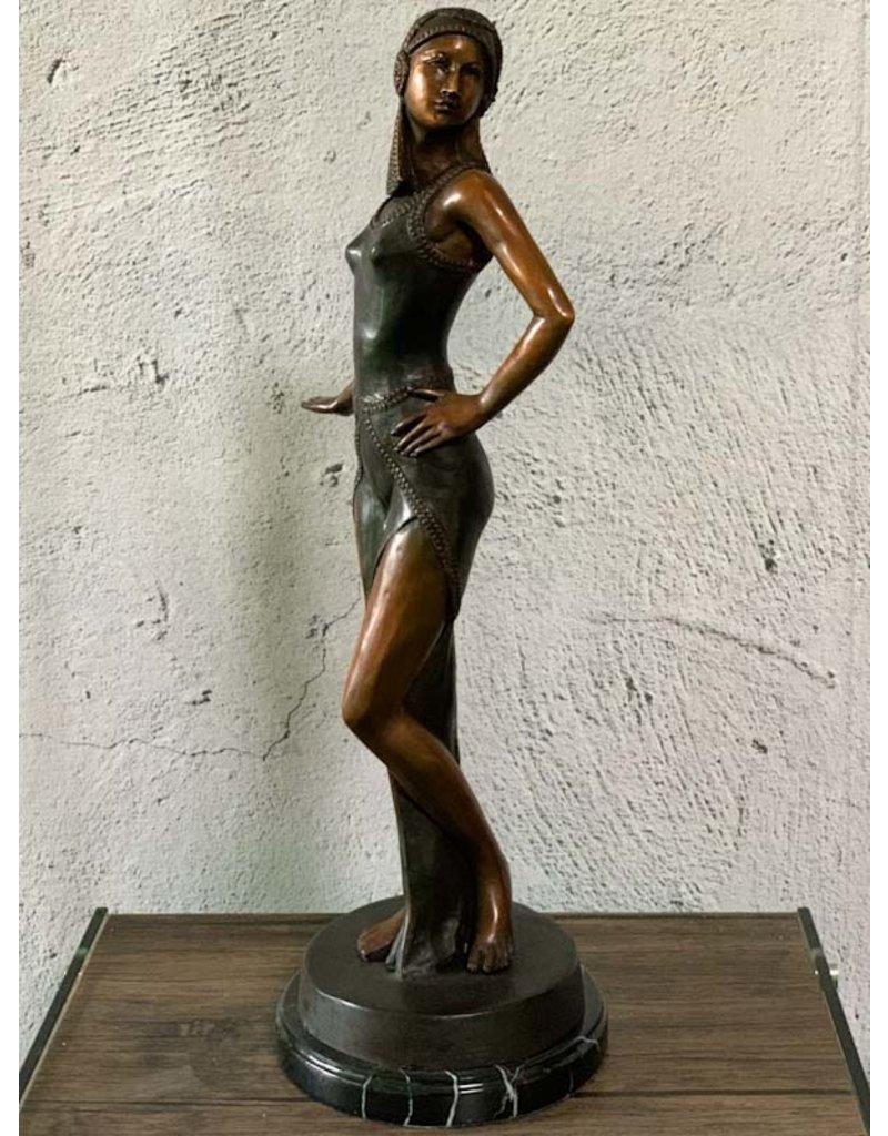 Petite Selene – Bronzefigur Tänzerin