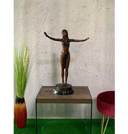 Petite Selena – Skulptur aus Bronze