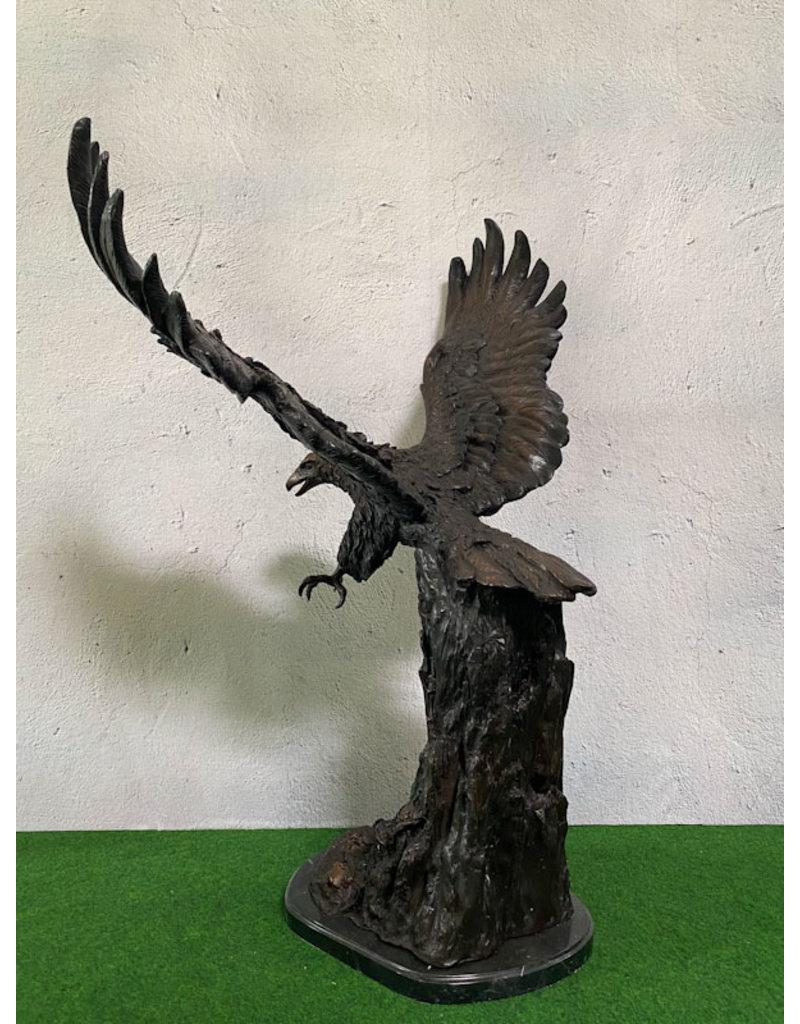 Lapis – Steinadler Bronzestatue