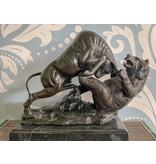 Bullenmarkt – Bronzeskulptur auf Marmorsockel
