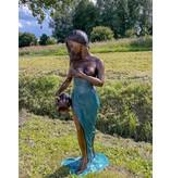Grande Filomena – Lebensgroße Frauenskulptur Wasserspeier