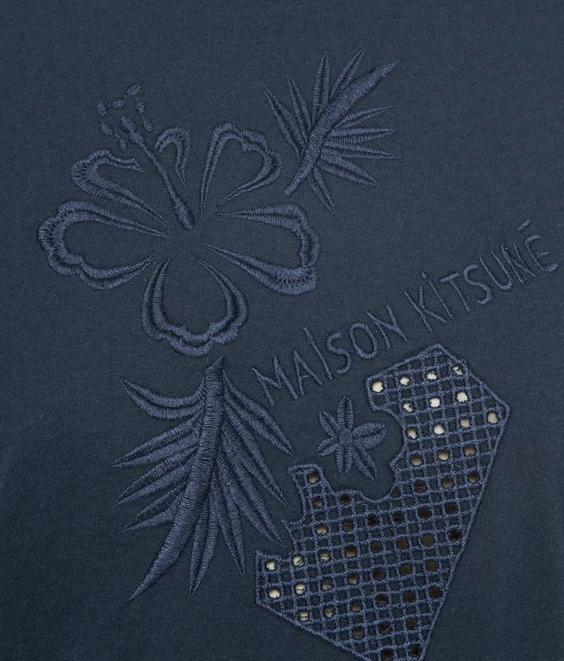 Maison Kitsune Maison Kitsune T-Shirt Borduur Eyelet Navy
