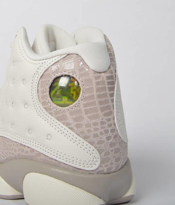 Nike W Air Jordan 13 Phantom Moon Particle
