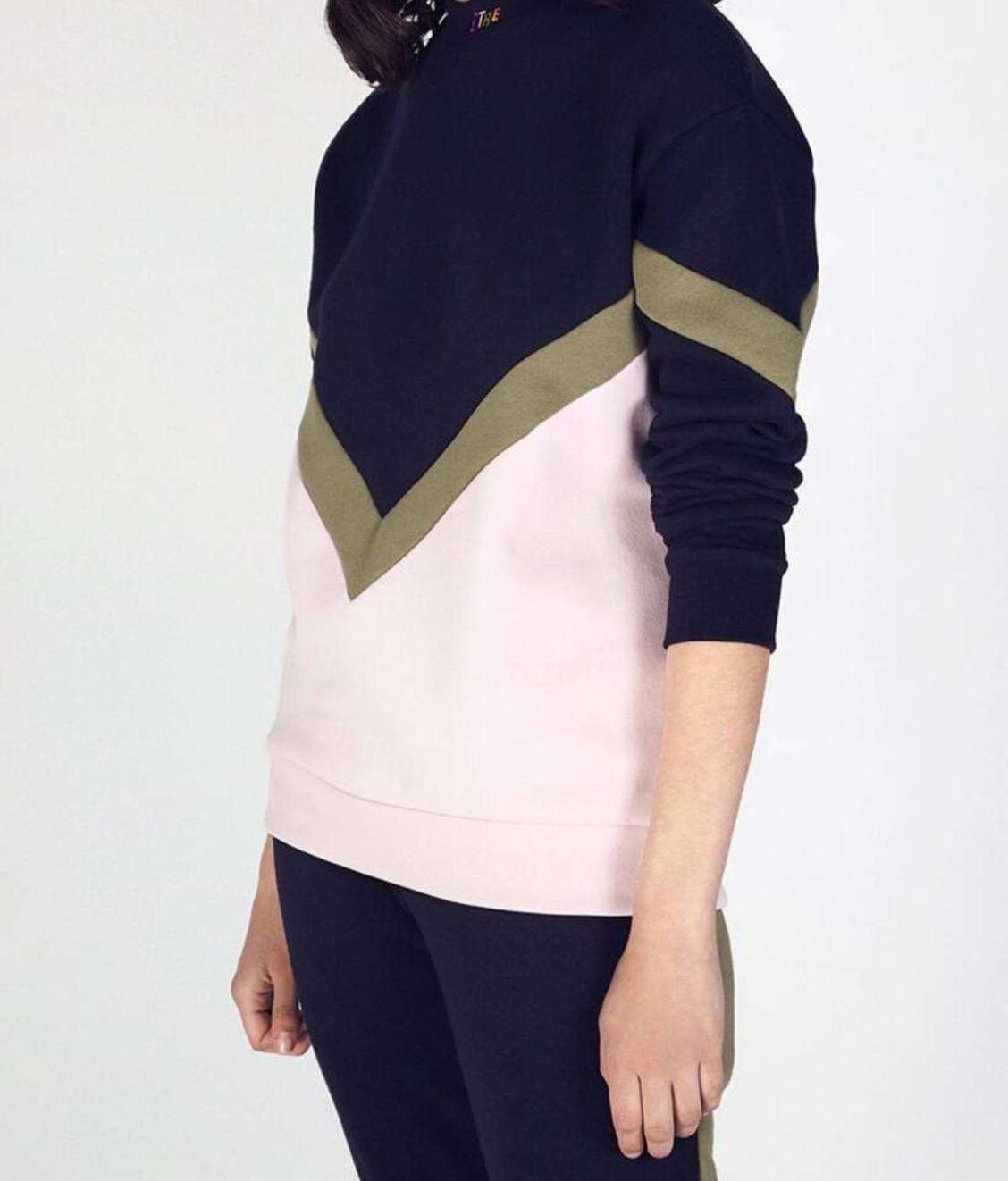 Etre Cecile Etre Cecile Chevron Boyfriend Sweatshirt Dark Navy