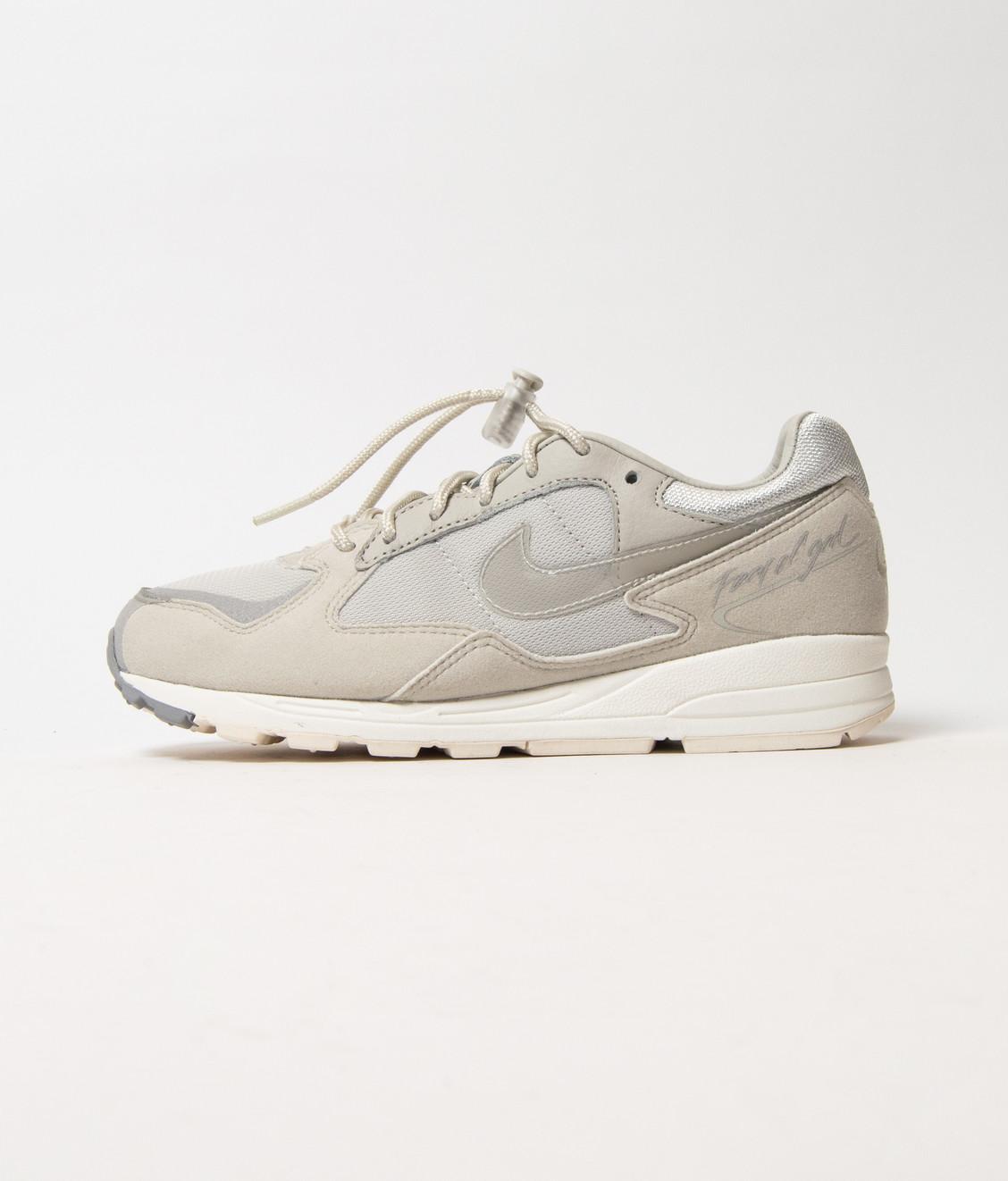 Nike Nike x Fear Of God Skylon II Lt Bone