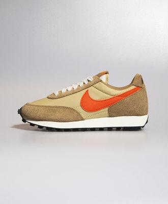 Nike Nike Daybreak SP Vegas Gold Orange