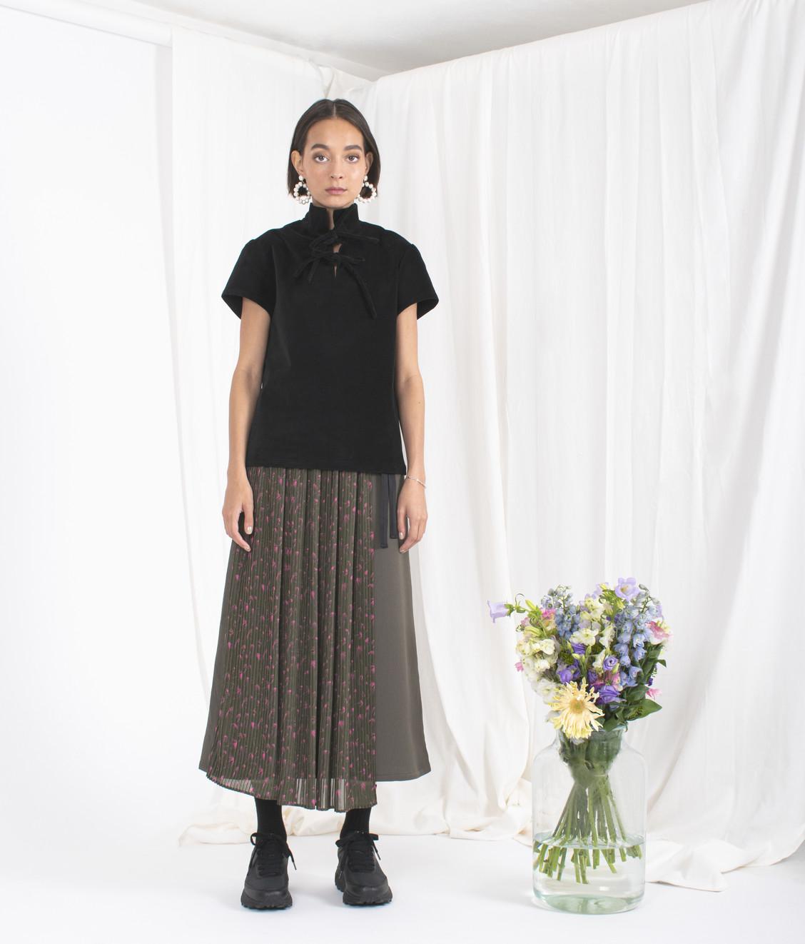 NEUL Neul Webbing Belt Pleats Layer Skirt Khaki