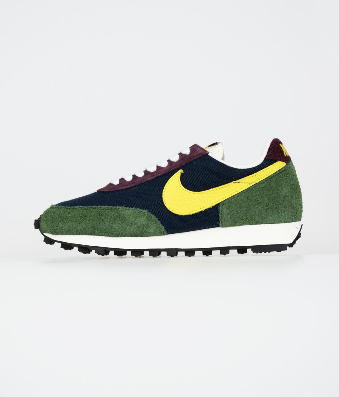 Nike Nike Daybreak Obsidian/Dynamic Yellow