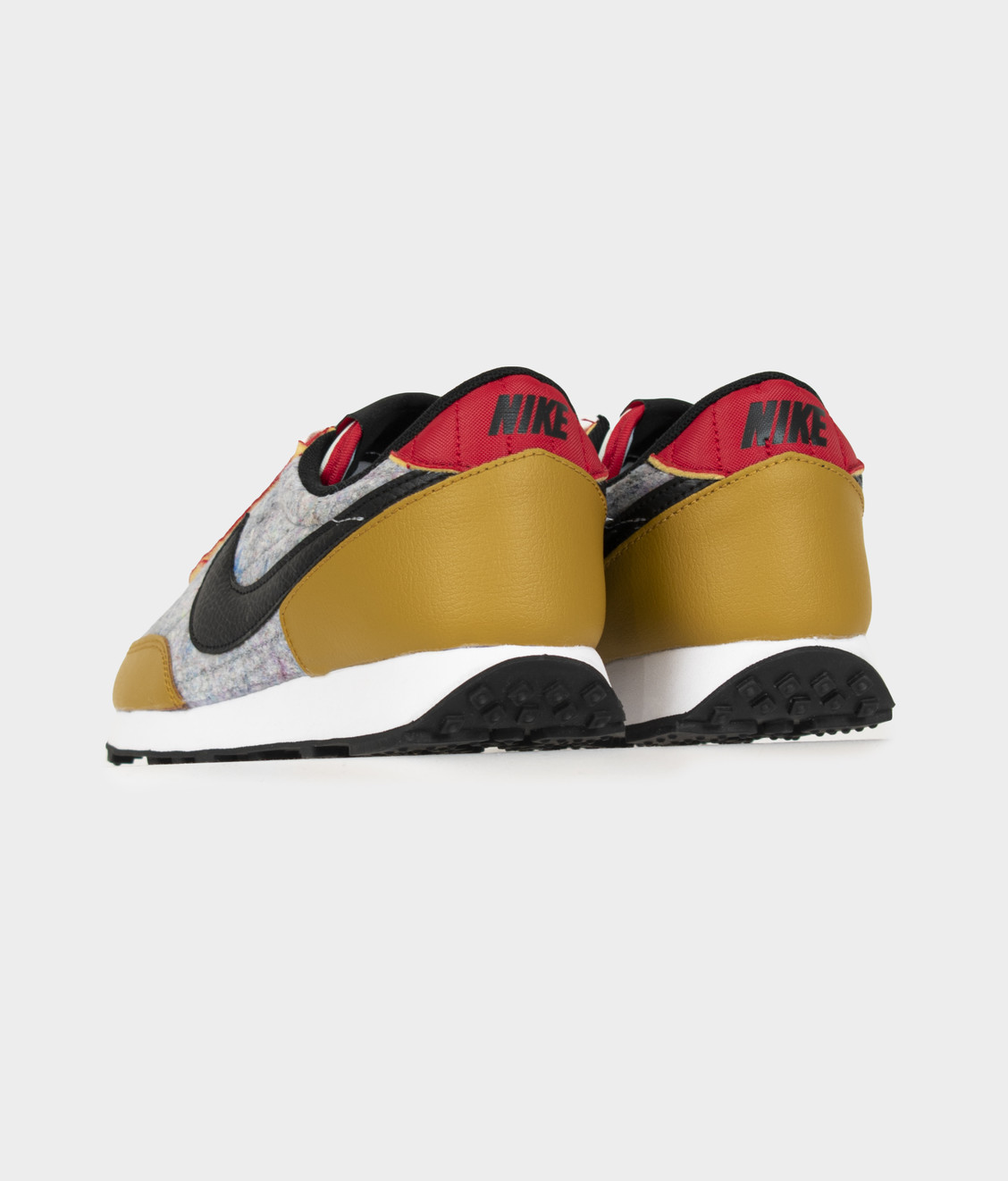 Nike Nike W Daybreak QS Gold Suede Black Multi