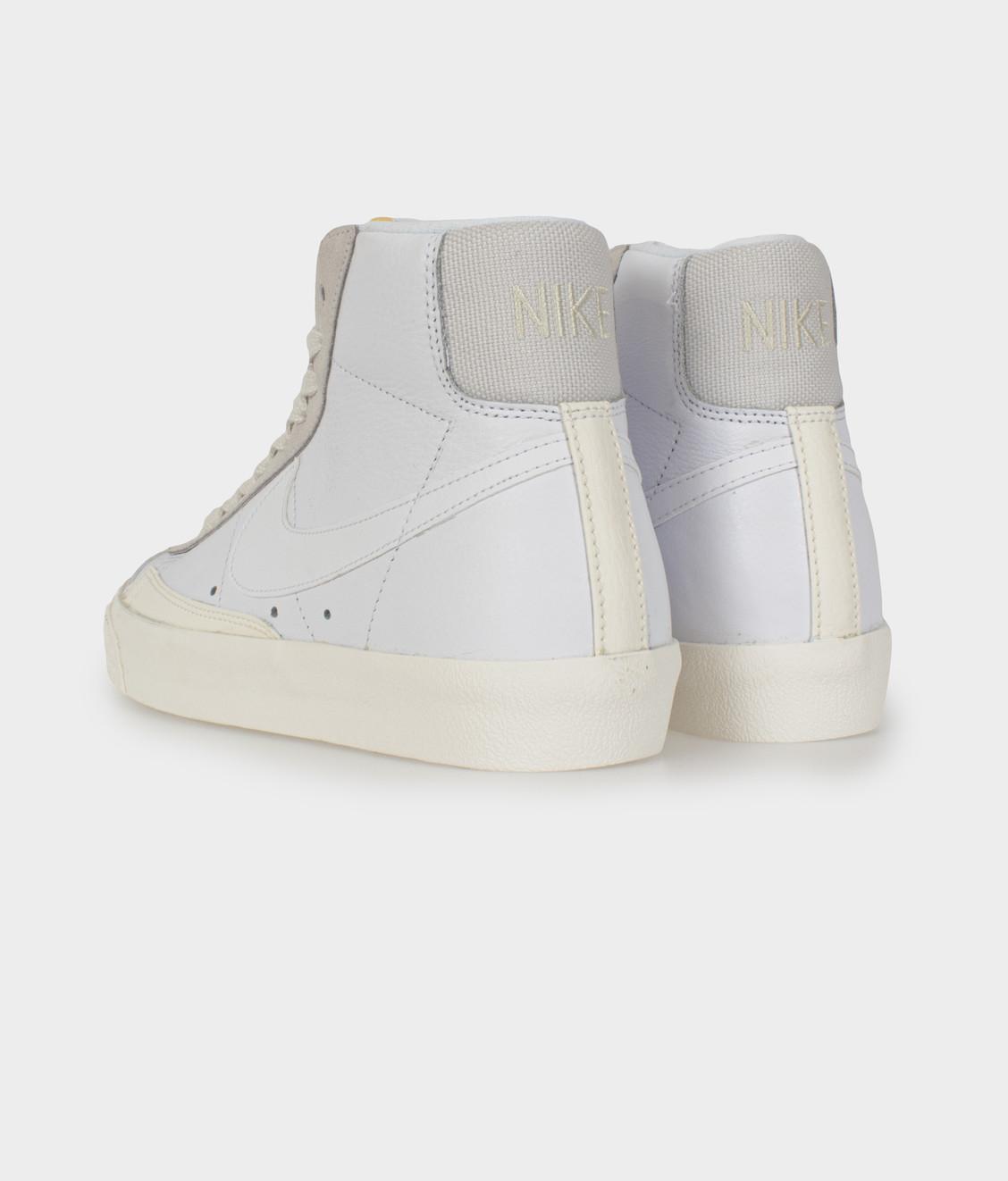 Nike Nike Blazer Mid '77 Vintage White Sail