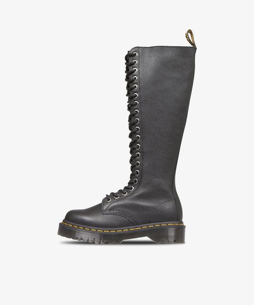 Dr Martens 1B60 Bex 20 Eye Zip Boot Black