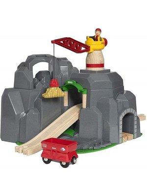 Brio Rails - Hijskraan & bergtunnel