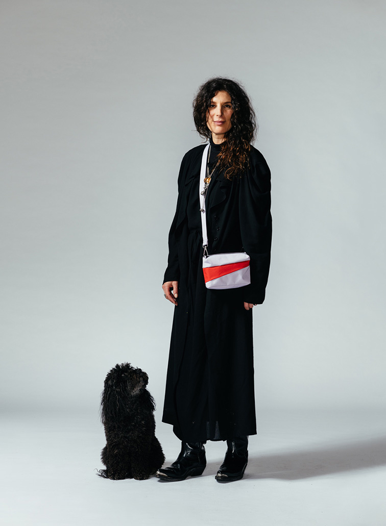 SUSAN BIJL Bum Bag Lavender & Redlight