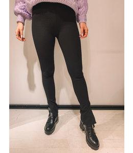 SPLIT BLACK PANTS