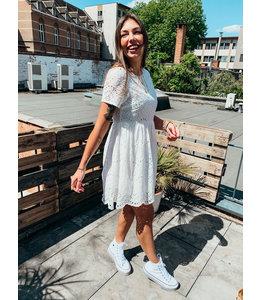 JENNY LACE DRESS WHITE