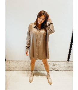 MOOST WANTED SOLAR SATIN DRESS ASH BROWN