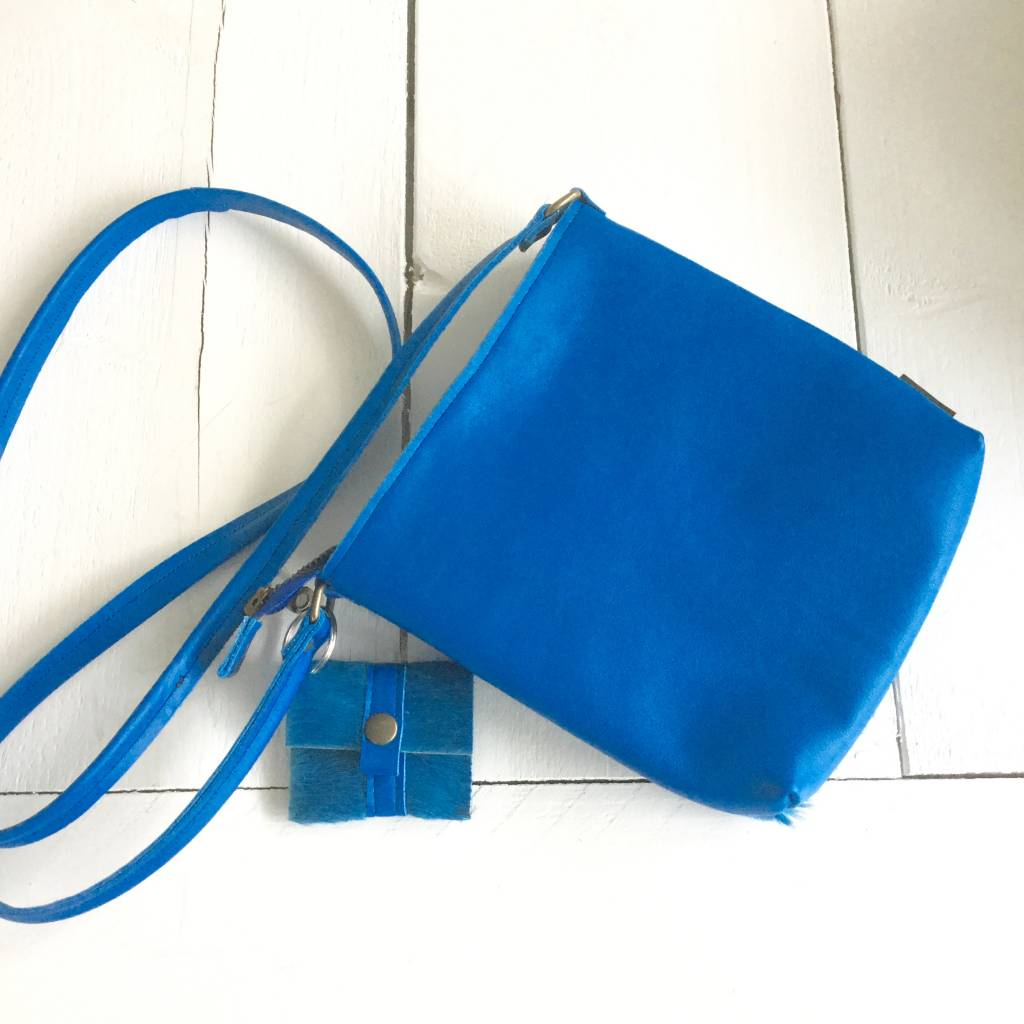COLOR Koeienhuid Tasje Blue Diamond